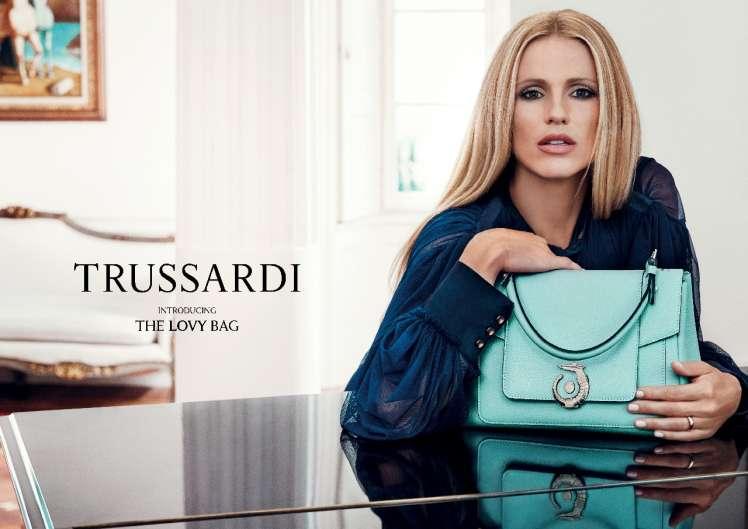 Elegante, glamour e grintosa al tempo stesso: questa è la LOVY Bag
