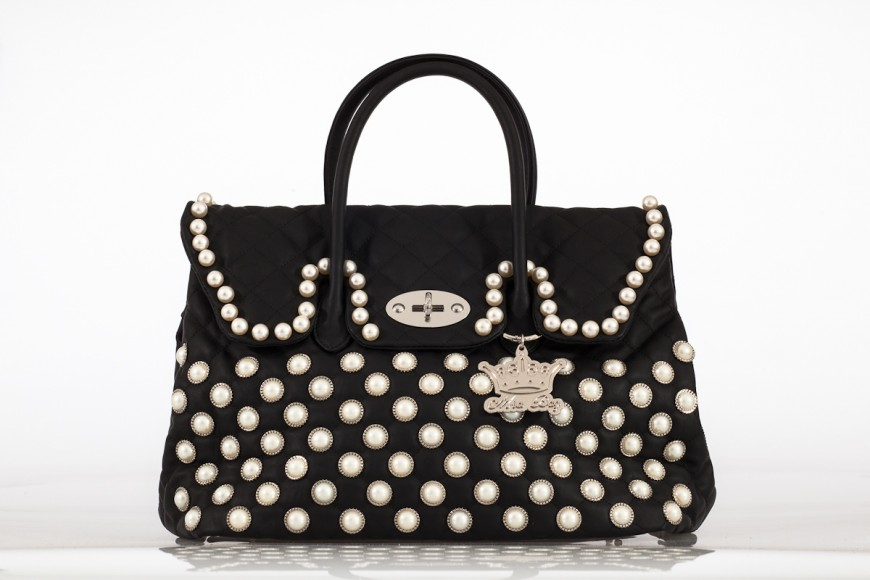 E' stata forse Zara la prima a lanciare questo trend nella moda a basso costo