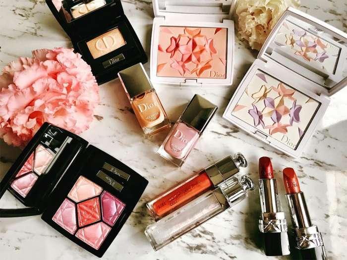 Tra le tendenze moda, anche il make up..