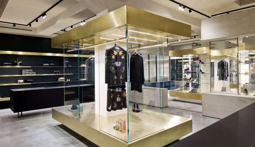 Crazy for fashion. Folli Follie di Mantova conquista anche la rete