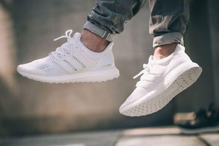 •Le sneakers del 2018 sono il paio di scarpe donna/uomo/millennial/anti-millennial che ha già un successo tutto per sé
