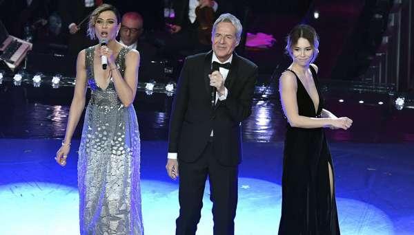 Sanremo 2019, i look della quinta serata: Anna Foglietta e Melissa Greta Marchetto
