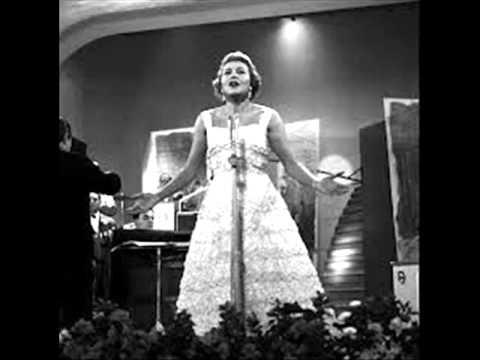 Nilla Pizzi fu la Regina di Sanremo ma non riuscì mai a trovare il vero amore